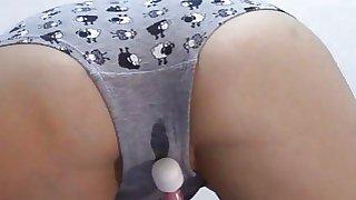 Wet my undies &..