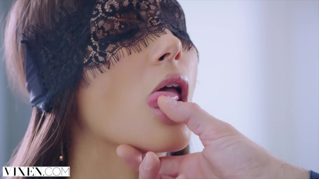 VIXEN Gianna Dior..