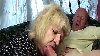 gross old mom big..
